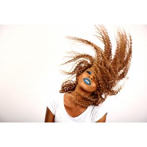 Cheveux : Comment les entretenir durant l'été ?